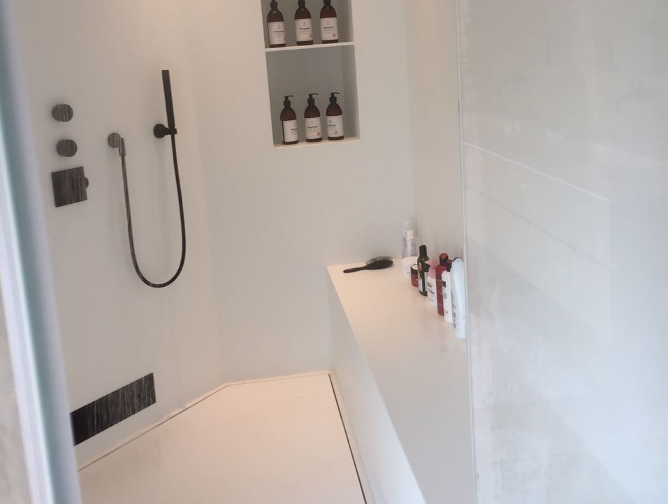 """אגניות לחדר אמבטיה • קוריאן שיק בע""""מ"""