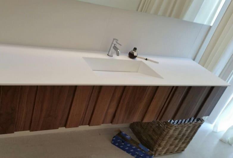 כיורים לאמבטיה מעץ
